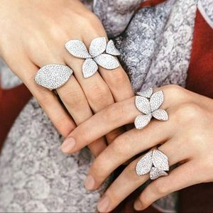 Jewelry - 💎Diamond CZ 18K White Gold Flower Ring